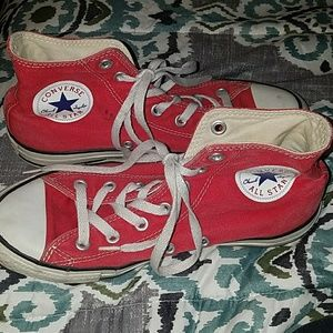 🍎Authentic Red Converse🍎